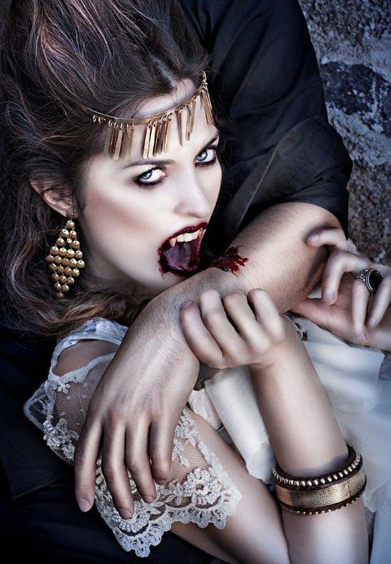 9d4572e0 dans fond ecran vampire
